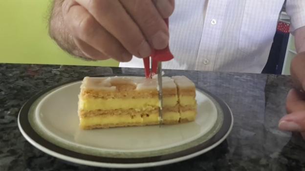 Video «Der Cremeschnittenschneider» abspielen