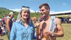Video «Tina sucht den «Goldenen Gummistiefel»-Gewinner in Graubünden» abspielen