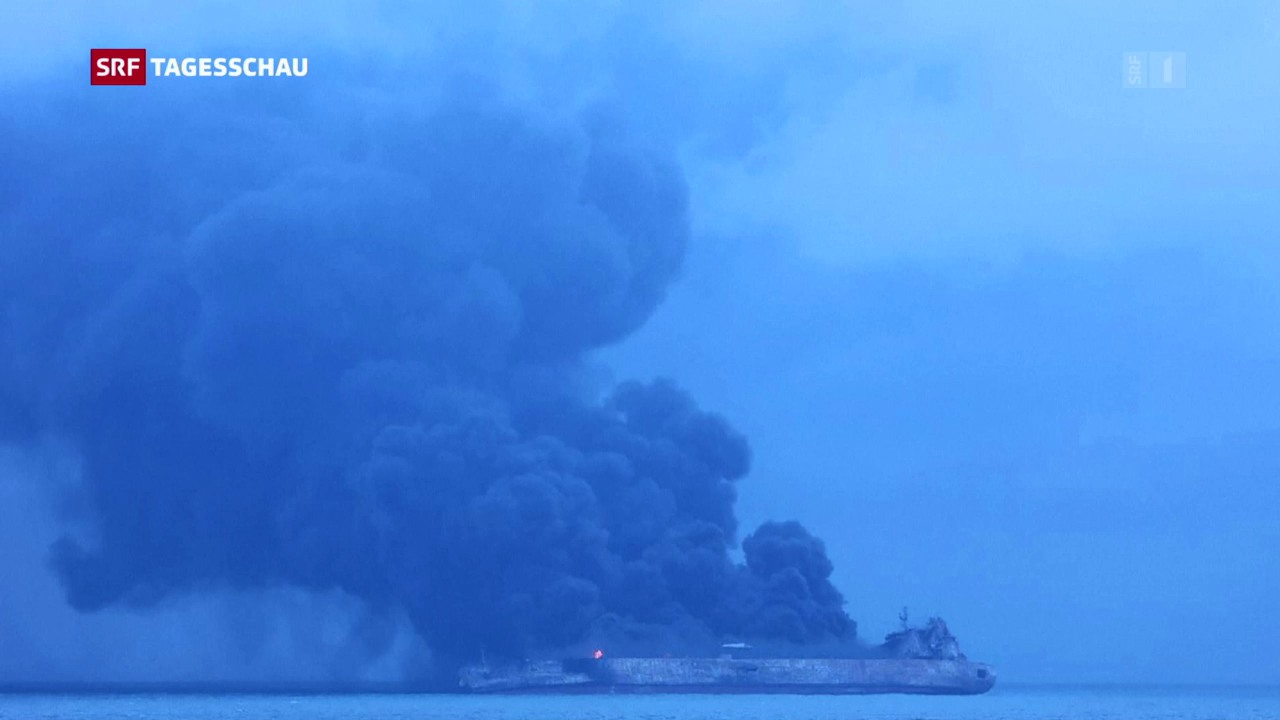 Öltanker kollidiert mit Frachtschiff
