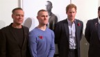 Video «Prinz Harry trifft auf vom Krieg gezeichnete Models» abspielen