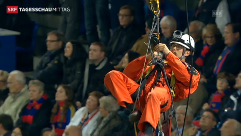 Geenpeace-Aktion bei Basel - Schalke