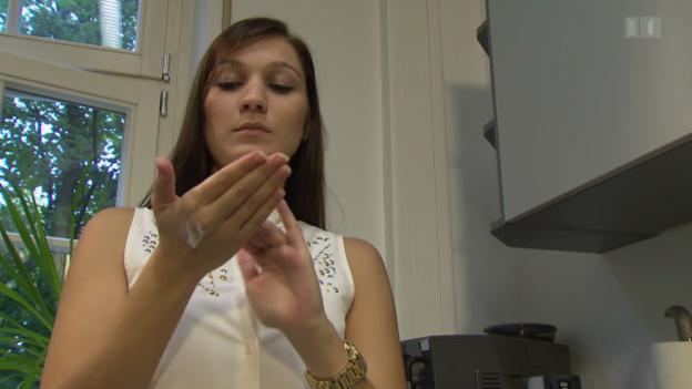 Video «Handcreme-Test: Mit diesen trocknet man nicht aus» abspielen