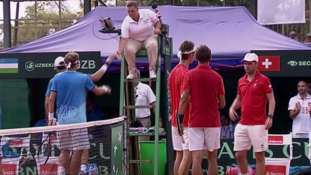 Video «Davis Cup: Schweiz gewinnt Doppel gegen Usbekistan» abspielen