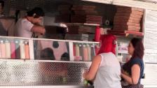 Link öffnet eine Lightbox. Video Tricked – Küchenprofi im Pizzawagen abspielen