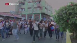 Video «Venezolaner stürmen Geschäfte in Kolumbien» abspielen