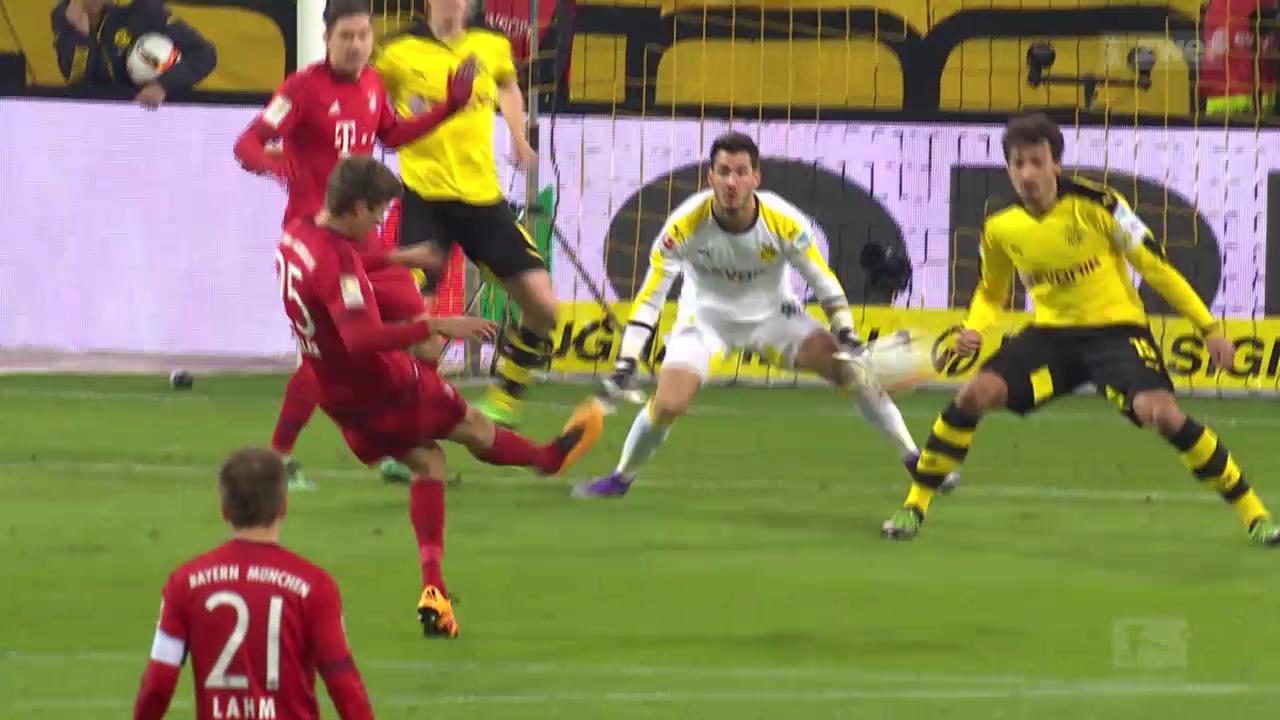 Bayern München hält Dortmund auf Distanz