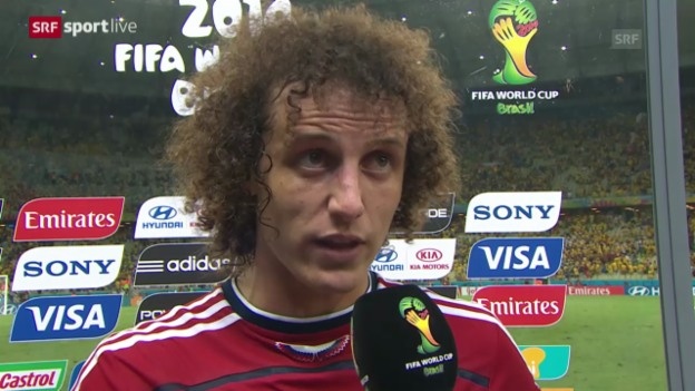 Video «Fussball: WM 2014, Brasilien-Kolumbien, Interview mit David Luiz» abspielen