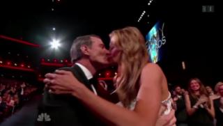 Video «Emmy Awards: «Breaking Bad» ist der grosse Gewinner» abspielen
