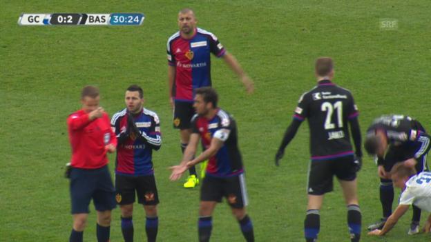 Video «Die Tätlichkeit von Xhaka an Bauer im Spiel GC-Basel» abspielen