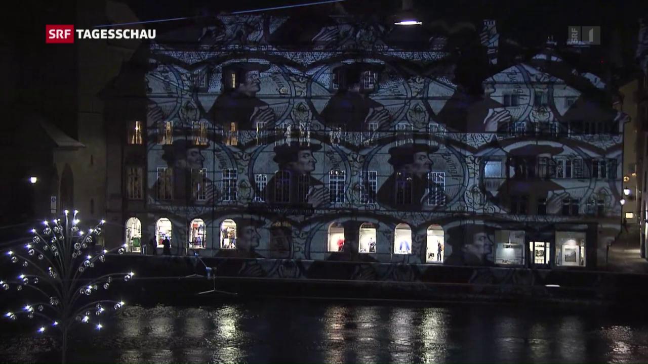Zwinglis Konterfei als Lichtinstallation