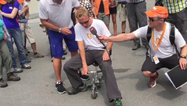 Video «Urs Freuler stellt Reto Scherrer auf die Probe» abspielen