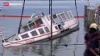 Video «Gesunkenes Motorschiff im Zugersee geborgen» abspielen