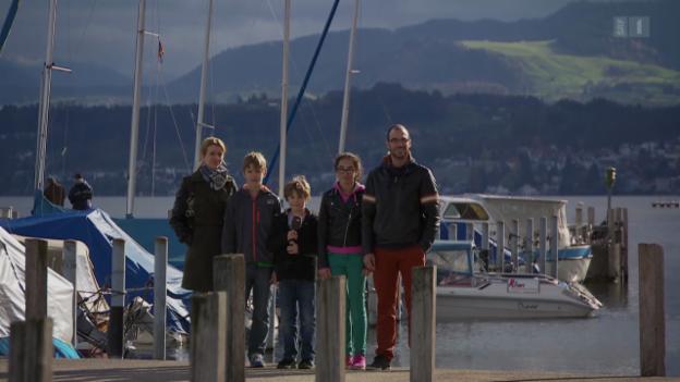 Video «Panne im Computer: Costa-Kreuzfahrt lässt Familie stehen» abspielen