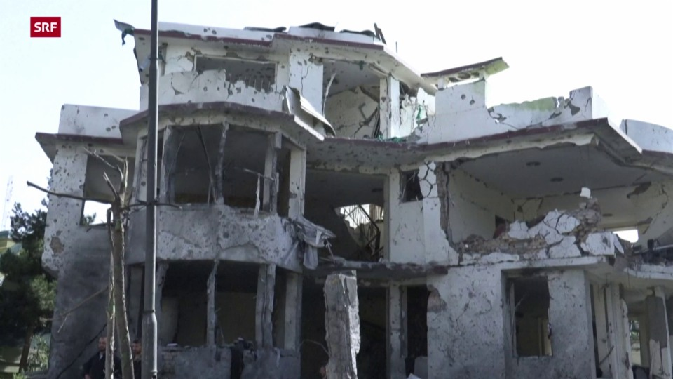Am Tag nach der Explosion: Chaos in Kabul