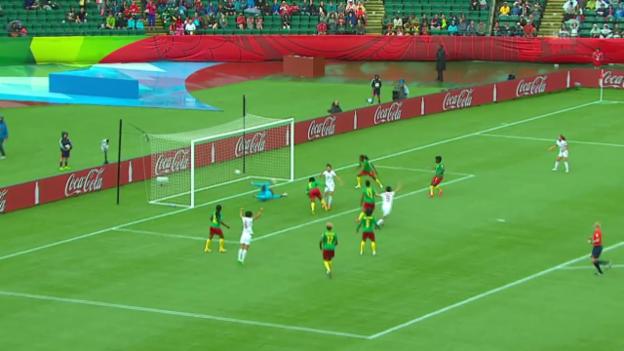Video «Fussball: Frauen-WM Kanada, Achtelfinal, Zusammenfassung China - Kamerun» abspielen