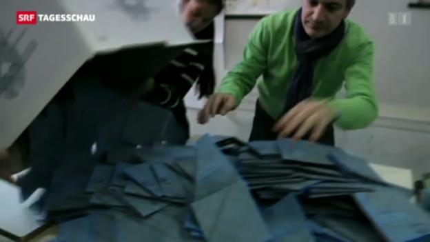 Video «Italienische Bevölkerung geht kaum wählen» abspielen