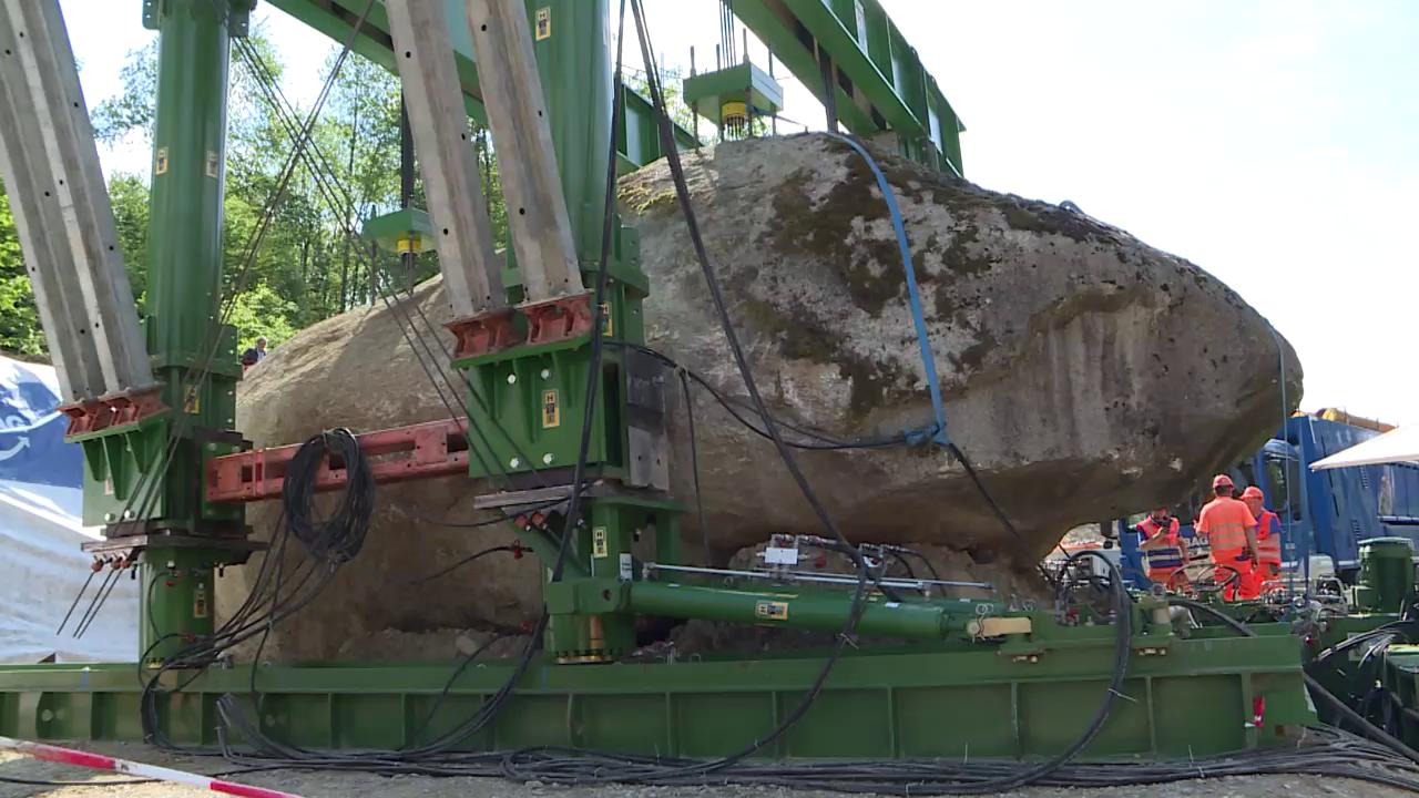 So schweben 400 Tonnen durch die Luft
