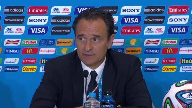 Video «Fussball: Cesare Prandelli gibt an der Medienkonferenz seinen Rücktritt bekannt (italienisch)» abspielen
