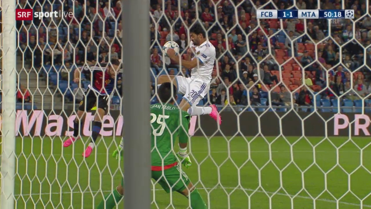 Fussball: CL-Playoffs, Basel - Maccabi kein Penalty