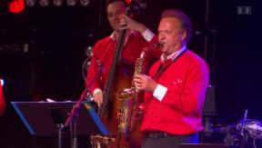 Video «Jubilar: Carlo Brunner feiert seinen 60. Geburtstag auf der Bühne» abspielen