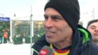 Video «Arosa: Fussballfest in klirrender Kälte» abspielen