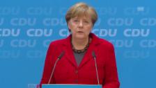 Video «Merkel hält an Flüchtlingspolitik fest» abspielen