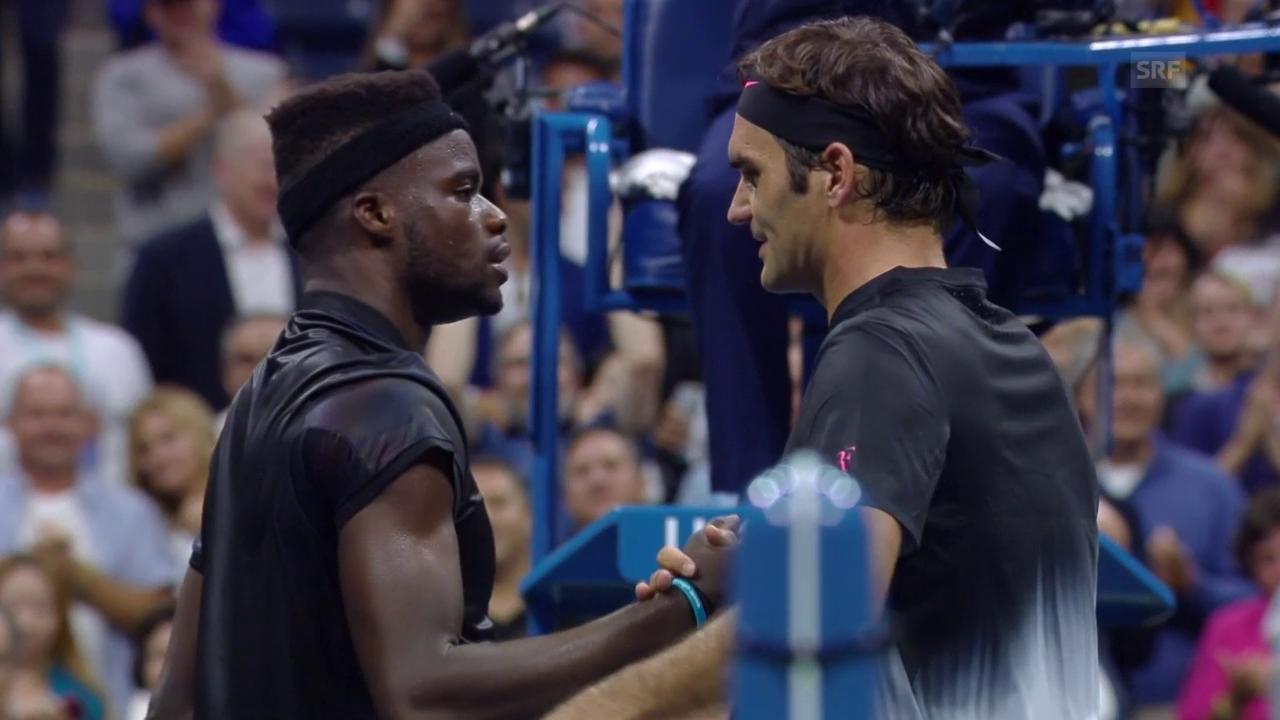 Spiel gewonnen, Rücken hält: Federer ringt Tiafoe nieder