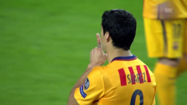 Video «Luis Suarez kommt mit der gelben Karte davon» abspielen