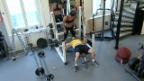 Video «Fitnesstrainerin Cindy Landolt schlaucht Roman Kilchsperger» abspielen