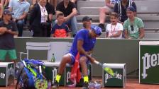 Video «Kyrgios: «Adieu» Racket, «Adieu» Paris» abspielen