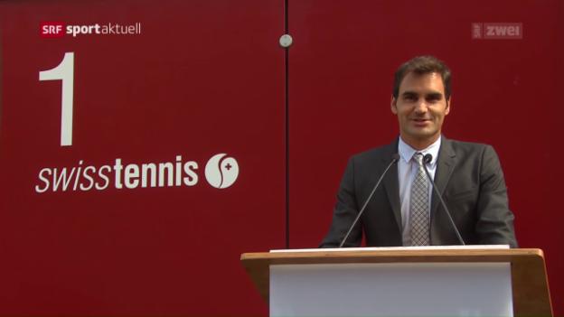 Video «Roger Federer eröffnet in Biel «seine» Strasse» abspielen