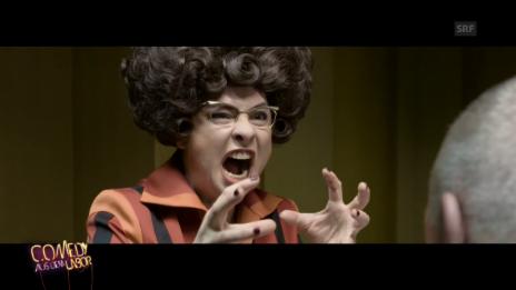 Video «Helga Impossibelle: Bienenstich» abspielen