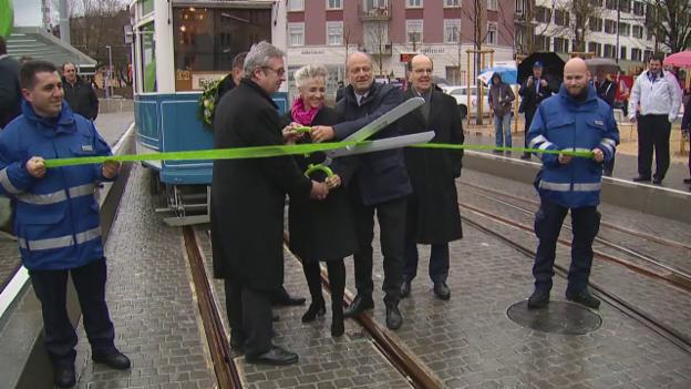 Video «Eröffnung Tram Hardbrücke» abspielen