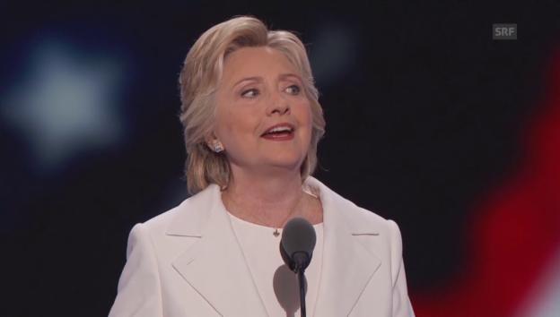 Video «Clinton nimmt Nominierung an» abspielen