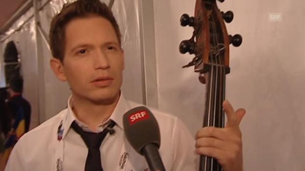 Video «Nach dem Eurovision-Aus: Enttäuschung bei «Takasa»» abspielen