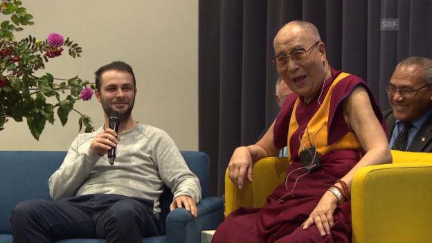 Video «Dalai Lama unterwegs in Bern (Englisch)» abspielen
