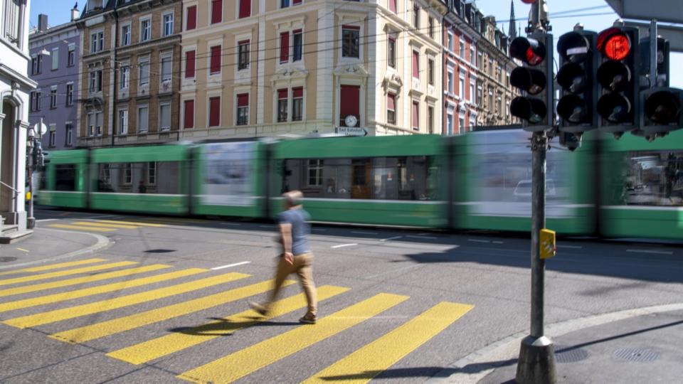 Basler Tramgleise sollen für Velofahrende sicherer werden