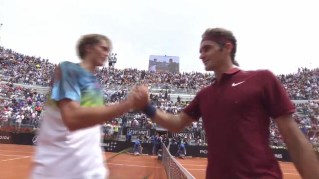 Video «Comeback geglückt: Federer schlägt Zverev» abspielen