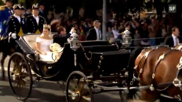 Victoria und Daniel in der Kutsche
