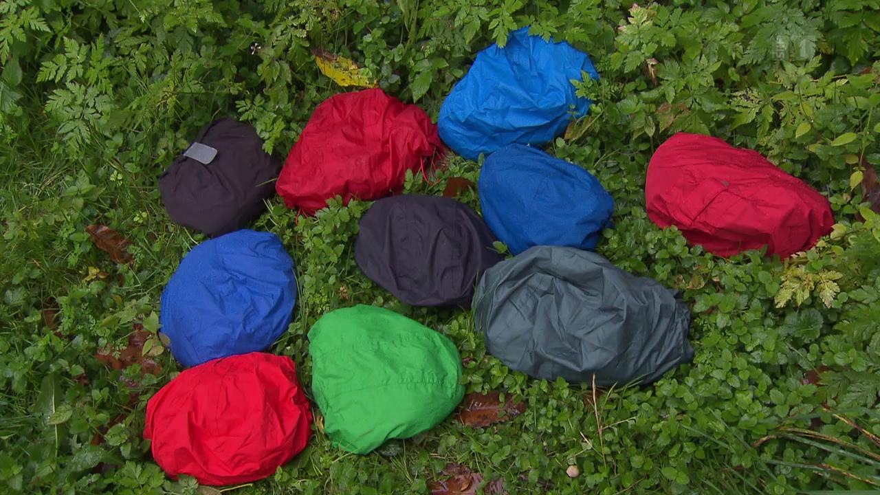Regenschutz im Härtetest: Auch günstige Jacken halten dicht