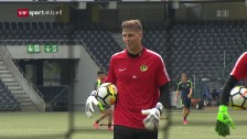 Link öffnet eine Lightbox. Video YB-Goalie David von Ballmoos im Porträt abspielen