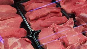 Video «Gesundheitsrisiko Antibiotika im Fleisch?» abspielen