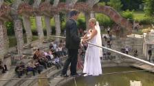Video «Freddy Nock heiratet seine Ximena» abspielen
