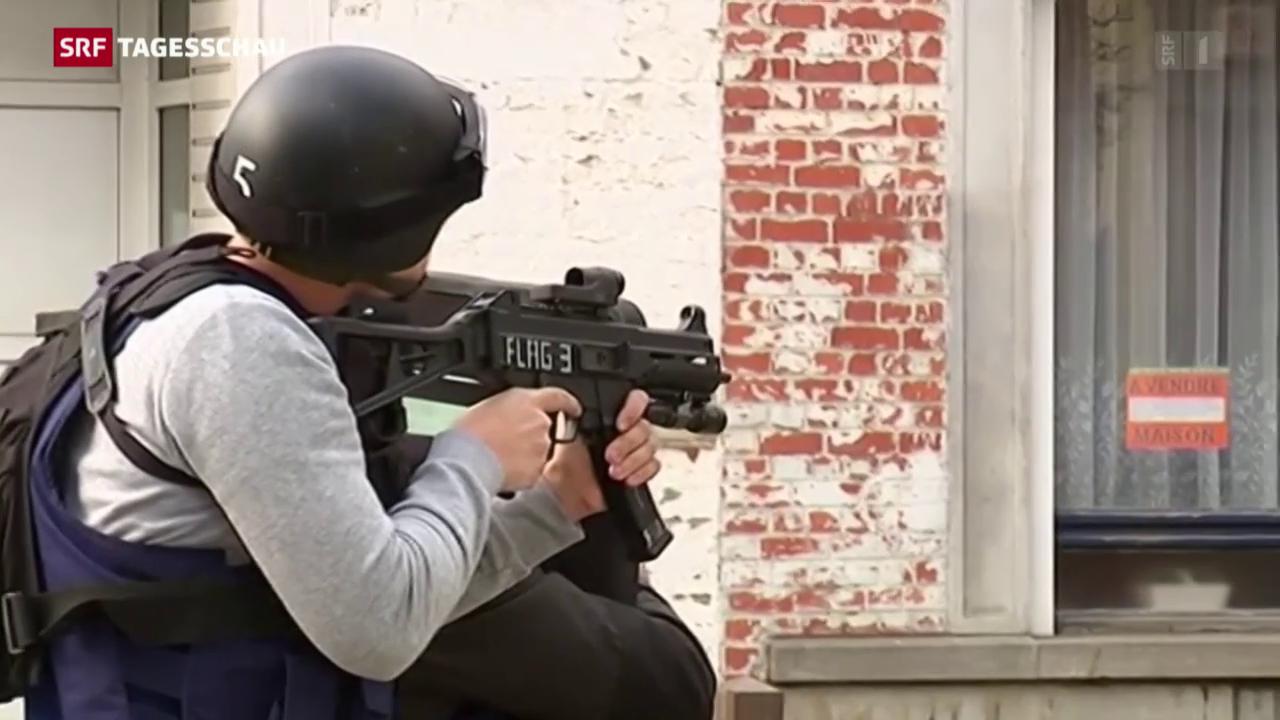 Polizei jagt in Brüssel Bewaffnete nach Anti-Terror-Razzia