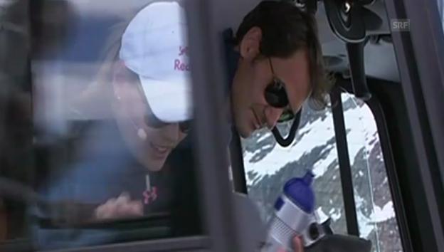 Video «Ankunft Roger Federer und Lindsey Vonn (unkom. Video)» abspielen