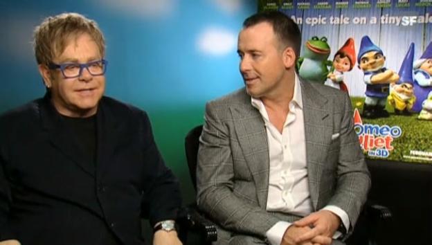 Video «Elton John: «Zachary ist unser i-Tüpfelchen»» abspielen