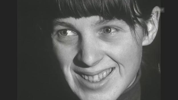 Video «Strassenumfrage: «Was ist Dada?» (Rendez-vous, 12.2.1966)» abspielen