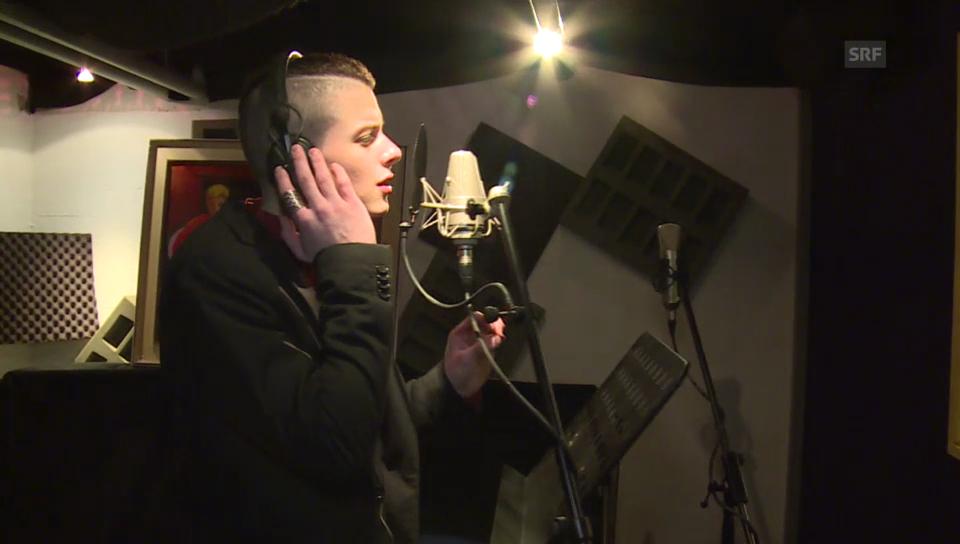 Lucas Fischer nimmt seinen ersten Song auf