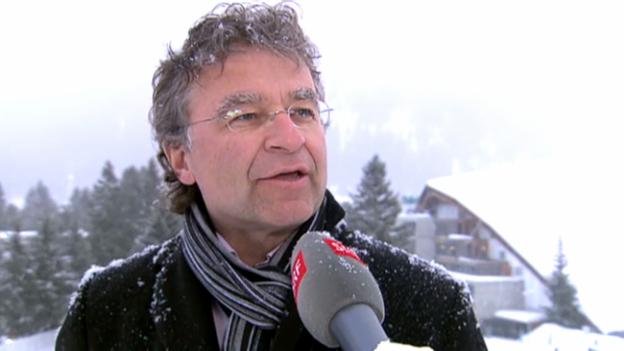 Video «Hotelier Ernst Wyrsch mit der Prominenz auf Du und Du» abspielen