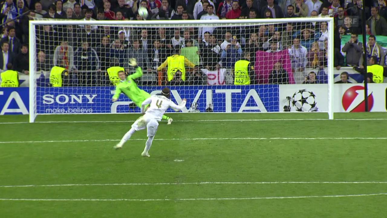 Exakt 6 Jahre ist es her: Ramos drescht das Leder in die Ränge